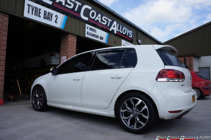 VW Golf fitted with 225/45/17 semi low profile tyres
